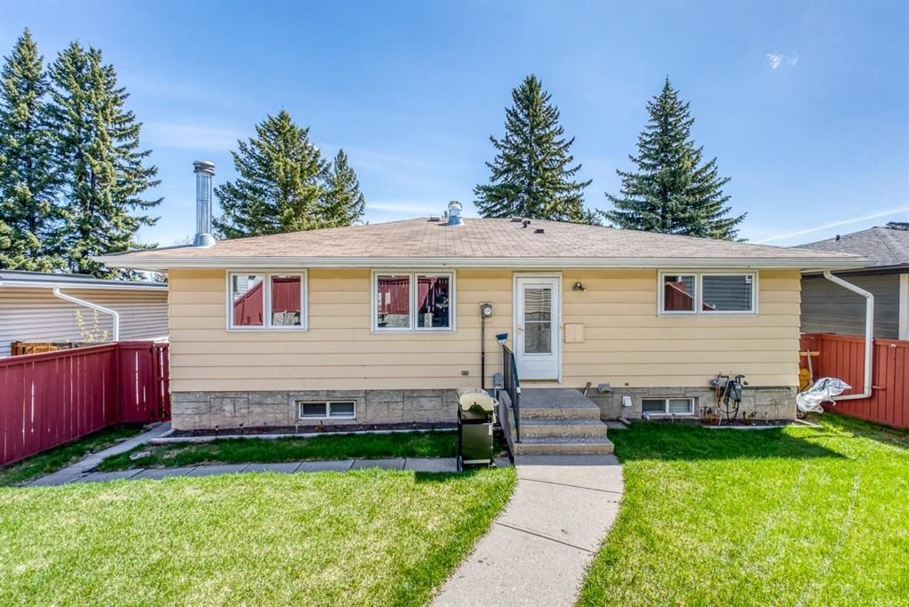 Photo 27: Photos: 499 Canterbury Drive SW in Calgary: Canyon Meadows Detached for sale : MLS®# A1107365