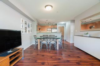 """Photo 8: 301 4723 DAWSON Street in Burnaby: Brentwood Park Condo for sale in """"COLLAGE"""" (Burnaby North)  : MLS®# R2619378"""