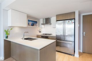 """Photo 4: 906 1618 QUEBEC Street in Vancouver: Mount Pleasant VE Condo for sale in """"CENTRAL"""" (Vancouver East)  : MLS®# R2400058"""