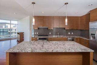 """Photo 6: 2301 6188 WILSON Avenue in Burnaby: Metrotown Condo for sale in """"JEWEL I"""" (Burnaby South)  : MLS®# R2202465"""