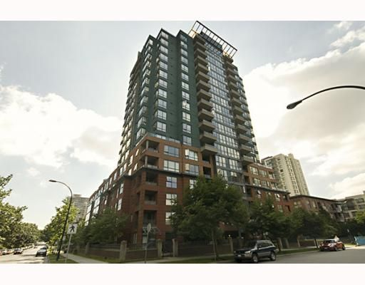 """Main Photo: 411 3588 VANNESS Avenue in Vancouver: Collingwood VE Condo for sale in """"EMERALD PARK COURT"""" (Vancouver East)  : MLS®# V753236"""