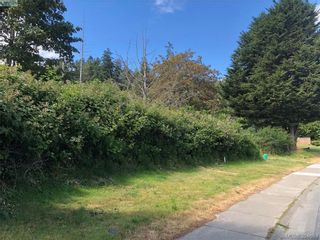 Photo 7: 2 Portsmouth Dr in VICTORIA: Co Lagoon Land for sale (Colwood)  : MLS®# 791244