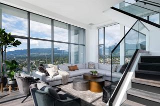 "Photo 8: PH 2901 120 W 2ND Street in North Vancouver: Lower Lonsdale Condo for sale in ""The Observatory"" : MLS®# R2542174"