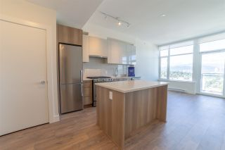 Photo 2: 2503 258 NELSON'S Court in New Westminster: Sapperton Condo for sale : MLS®# R2498253