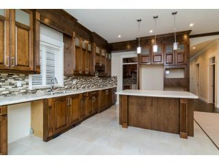 Photo 5: 18383 67 Avenue in Surrey: Cloverdale BC House for sale (Cloverdale)  : MLS®# F1431639