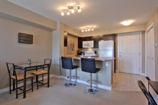 Photo 3: 920 156 ST NW in Edmonton: Zone 14 Condo for sale : MLS®# E4161614