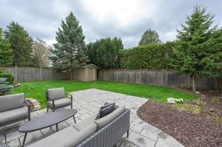 Photo 2: 21 HAMMOND Crescent in London: North G Residential for sale (North)  : MLS®# 40098484