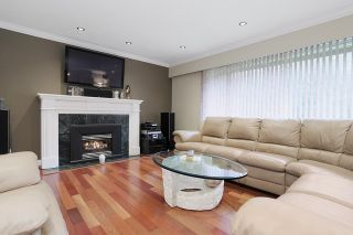 Photo 2: 4132 196 Street in Langley: Brookswood Langley House for sale : MLS®# R2044607