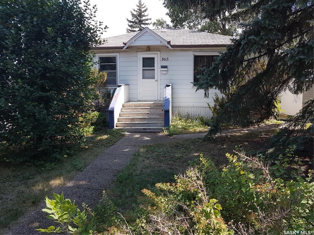 Main Photo: 865 Argyle Street in Regina: Washington Park Residential for sale : MLS®# SK866289