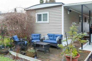 """Photo 6: 74 1840 160 Street in Surrey: King George Corridor Manufactured Home for sale in """"Breakaway Bays"""" (South Surrey White Rock)  : MLS®# R2431476"""