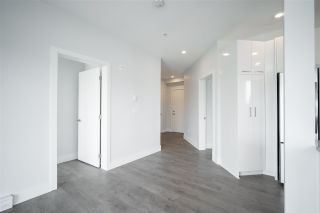 Photo 12: 304 5485 BRYDON Crescent in Langley: Langley City Condo for sale : MLS®# R2584577