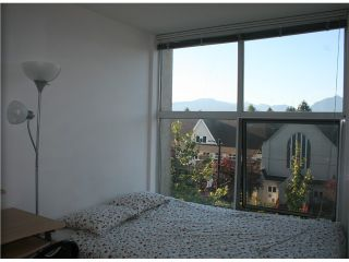 "Photo 5: PH1 418 E BROADWAY in Vancouver: Mount Pleasant VE Condo for sale in ""BROADWAY CREST"" (Vancouver East)  : MLS®# V1022028"
