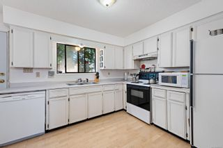 Photo 5: 976 Mantle Dr in Courtenay: CV Courtenay East House for sale (Comox Valley)  : MLS®# 884567