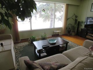 Photo 4: 754 Jefferson Avenue in Winnipeg: Garden City Residential for sale (4G)  : MLS®# 1803746
