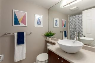 """Photo 11: 305 511 W 7TH Avenue in Vancouver: Fairview VW Condo for sale in """"Beverly Gardens"""" (Vancouver West)  : MLS®# R2221770"""