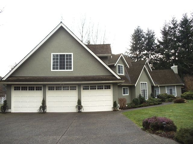 Main Photo: 14360 32nd ave in South Surrey: Home for sale