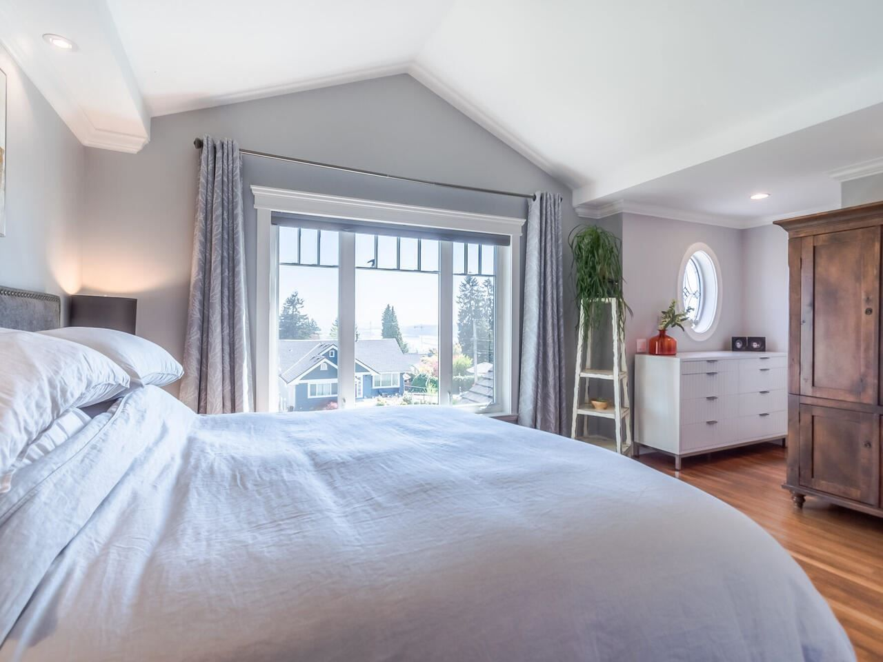 Photo 19: Photos: 905 LAUREL Street in New Westminster: The Heights NW House for sale : MLS®# R2570711