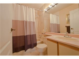 """Photo 13: 203 15439 100 Avenue in Surrey: Guildford Townhouse for sale in """"Plumtree Lane"""" (North Surrey)  : MLS®# F1404844"""