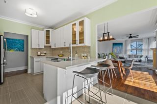 """Photo 10: 207 5 RENAISSANCE Square in New Westminster: Quay Townhouse for sale in """"THE LIDO"""" : MLS®# R2617609"""