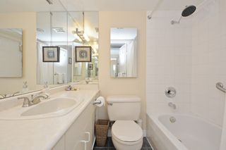 "Photo 14: 401 2165 W 40TH Avenue in Vancouver: Kerrisdale Condo for sale in ""THE VERONICA"" (Vancouver West)  : MLS®# R2117072"