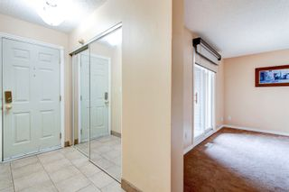 Photo 3: 1776 LAKEWOOD Road S in Edmonton: Zone 29 Townhouse for sale : MLS®# E4262942