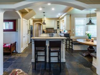 Photo 4: 1303 Ocean View Ave in COMOX: CV Comox (Town of) House for sale (Comox Valley)  : MLS®# 766620