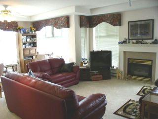 "Photo 8: 412 11609 227TH Street in Maple_Ridge: East Central Condo for sale in ""EMERALD MANOR"" (Maple Ridge)  : MLS®# V730778"