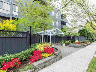 """Photo 19: 202 2885 SPRUCE Street in Vancouver: Fairview VW Condo for sale in """"Fairview Gardens"""" (Vancouver West)  : MLS®# R2572384"""