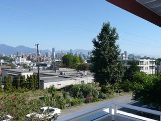 Photo 2: 204 1870 West 6th Avenue in Heritage at Cypress: Kitsilano Home for sale ()  : MLS®# V907576