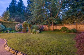 "Photo 18: 13345 AMBLE WOOD Drive in Surrey: Crescent Bch Ocean Pk. House for sale in ""Amble Greene"" (South Surrey White Rock)  : MLS®# R2178473"