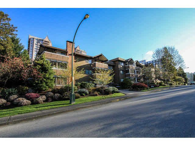 "Main Photo: 306 545 SYDNEY Avenue in Coquitlam: Coquitlam West Condo for sale in ""THE GABLES"" : MLS®# V1114230"
