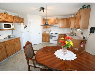 Photo 3: 167 ARBOUR CREST Drive NW in CALGARY: Arbour Lake Residential Detached Single Family for sale (Calgary)  : MLS®# C3340834