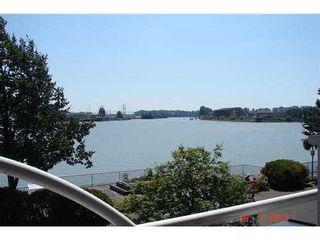 Photo 1: 202 12 K DE K Court in New Westminster: Quay Home for sale ()  : MLS®# V1018751