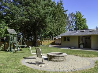 Photo 8: 2561 Webdon Rd in COURTENAY: CV Courtenay West House for sale (Comox Valley)  : MLS®# 822132