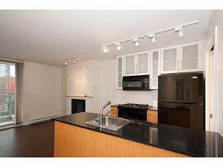 "Photo 9: 907 1225 RICHARDS Street in Vancouver: Downtown VW Condo for sale in ""Eden"" (Vancouver West)  : MLS®# V1086819"