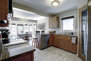 Photo 7: 690 Coventry Drive NE in Calgary: Coventry Hills Detached for sale : MLS®# A1144228