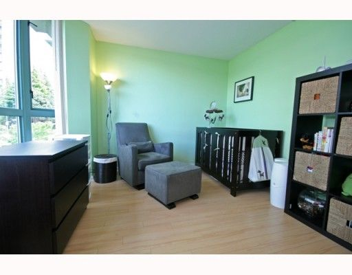 """Photo 10: Photos: TH4 1889 ROSSER Avenue in Burnaby: Brentwood Park Townhouse for sale in """"THE BUCHANAN"""" (Burnaby North)  : MLS®# V767507"""