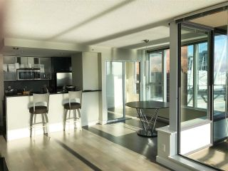 Photo 2: 2502 33 SMITHE STREET in Vancouver: Yaletown Condo for sale (Vancouver West)  : MLS®# R2228329