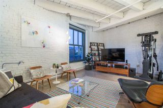 """Photo 6: 303 55 E CORDOVA Street in Vancouver: Downtown VE Condo for sale in """"Koret Lofts"""" (Vancouver East)  : MLS®# R2536365"""
