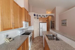Photo 5: 225 ROYAL CREST View NW in Calgary: Royal Oak House for sale : MLS®# C4164190