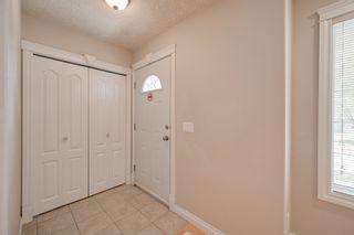 Photo 2: 10345 93 Street in Edmonton: Zone 13 House for sale : MLS®# E4251011