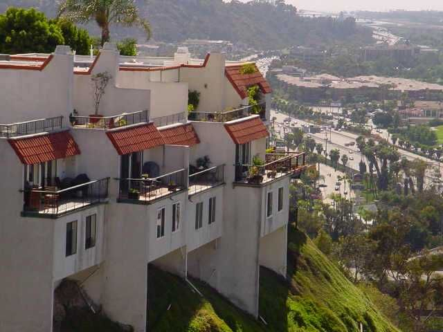 Main Photo: UNIVERSITY HEIGHTS Condo for sale : 3 bedrooms : 4480 Caminito Fuente in San Diego
