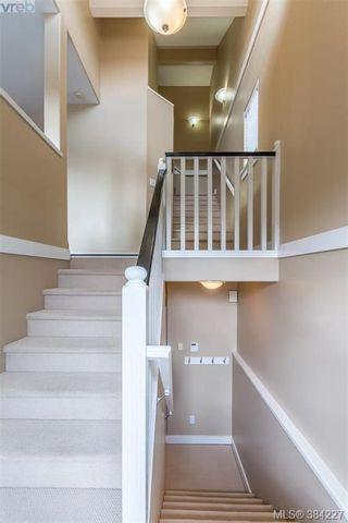 Photo 2: 16 921 Colville Rd in VICTORIA: Es Esquimalt House for sale (Esquimalt)  : MLS®# 772282