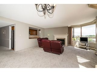 """Photo 12: 812 15111 RUSSELL Street: White Rock Condo for sale in """"PACIFIC TERRACE"""" (South Surrey White Rock)  : MLS®# R2593508"""