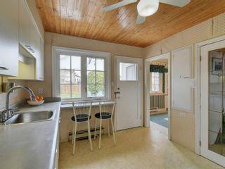 Photo 14: 2024 Newton St in : OB Henderson House for sale (Oak Bay)  : MLS®# 870494
