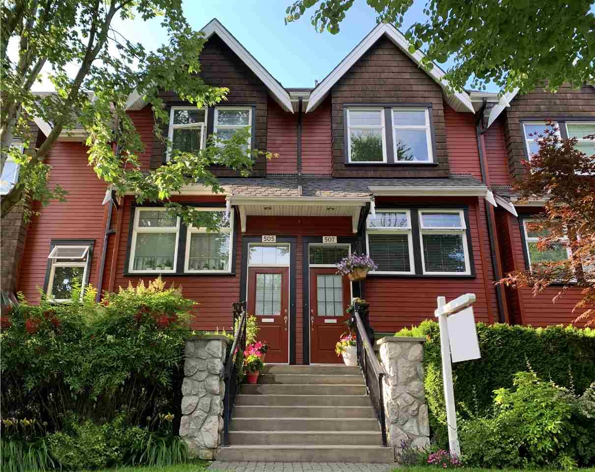 """Main Photo: 507 E 7TH Avenue in Vancouver: Mount Pleasant VE Townhouse for sale in """"Vantage"""" (Vancouver East)  : MLS®# R2472829"""