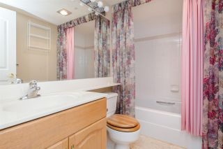 """Photo 14: 902 3170 GLADWIN Road in Abbotsford: Central Abbotsford Condo for sale in """"Regency Park Towers"""" : MLS®# R2327745"""