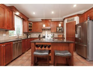 """Photo 6: 21656 91 Avenue in Langley: Walnut Grove House for sale in """"Madison Park"""" : MLS®# R2441594"""