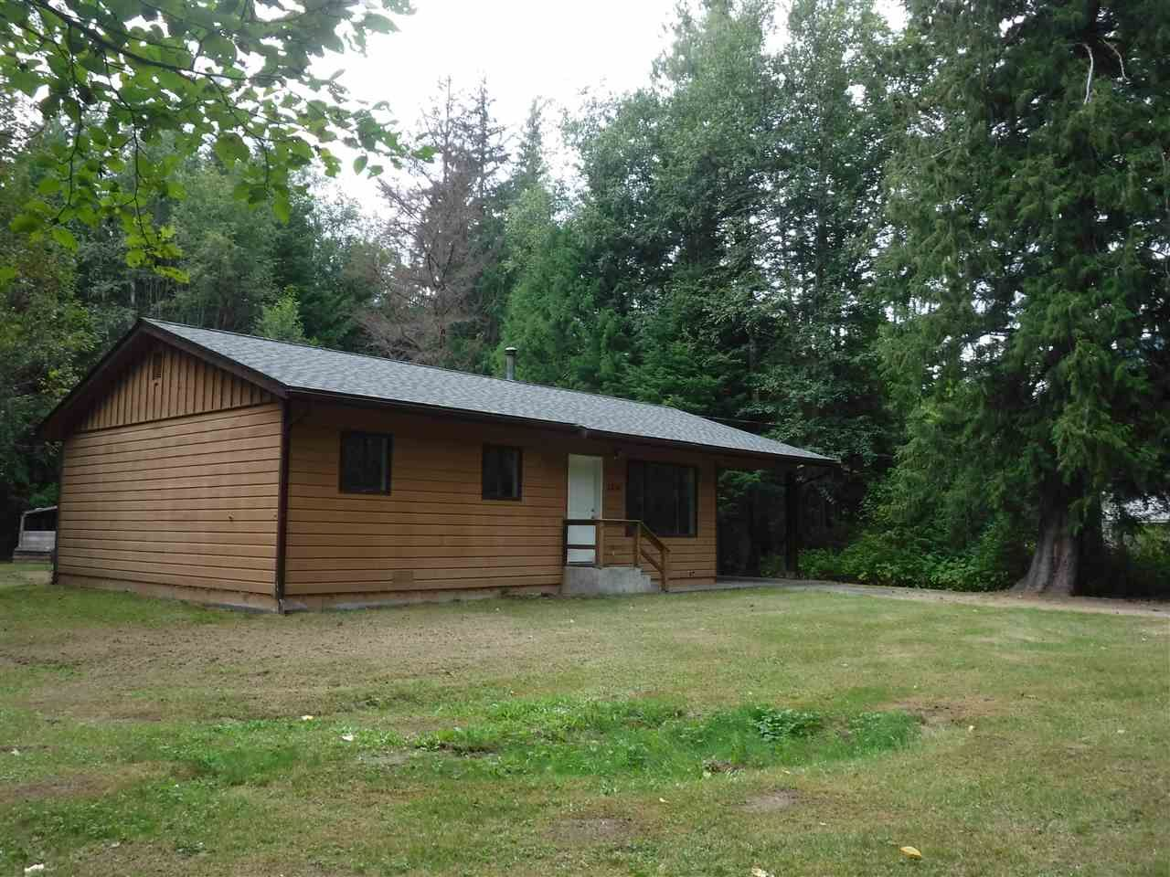 Photo 2: Photos: 2536 N DOUGLAS Drive in Bella Coola: Bella Coola/Hagensborg House for sale (Williams Lake (Zone 27))  : MLS®# R2399897