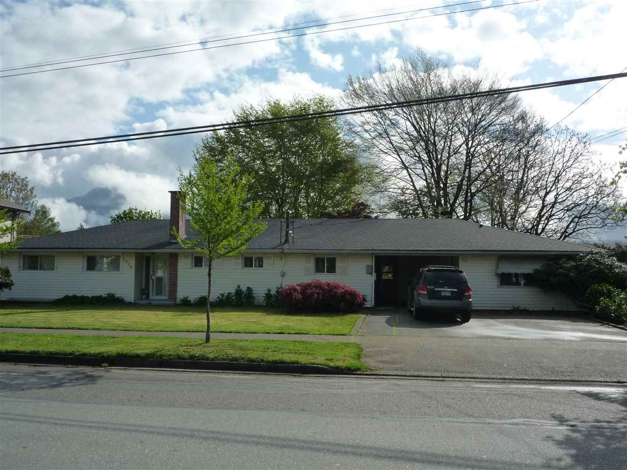 Main Photo: 1636 VIMY Road: Agassiz House for sale : MLS®# R2056781
